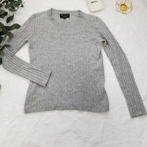 Banana Republic size S wool blend sweater